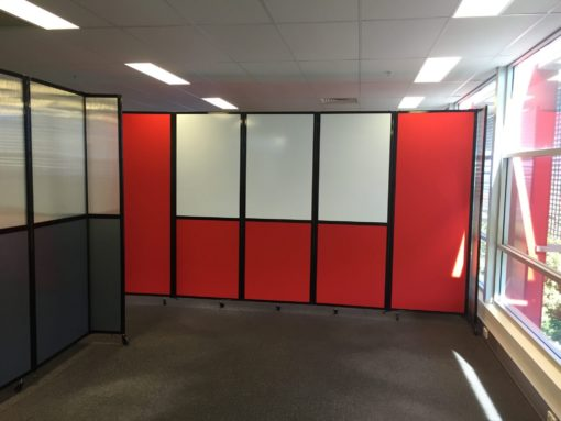 Using Custom Whiteboards in Office Partitions to Aid in Office Collaboration