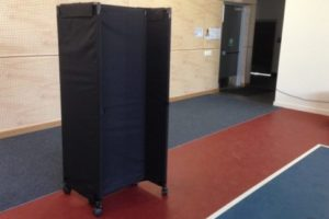 Hall Divider Partitions Wall in Black Screen